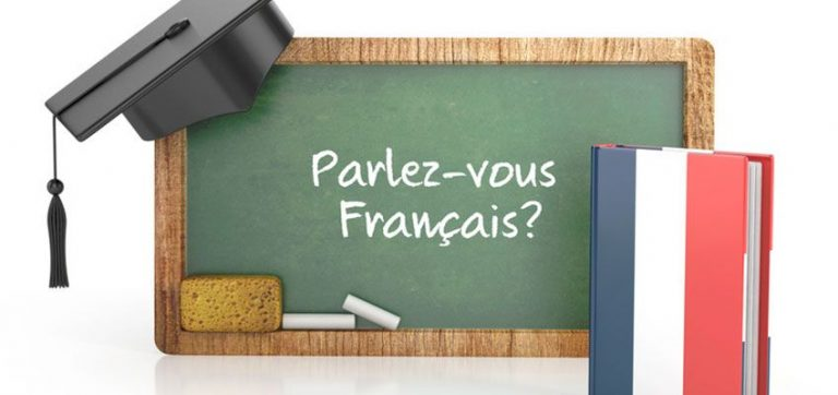 Which are the most popular recommended books in French for beginners?